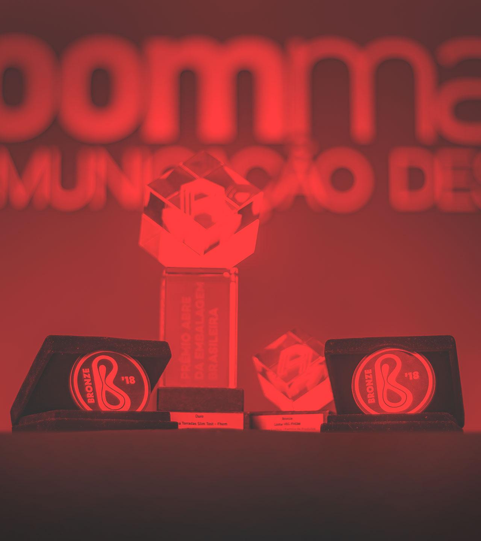 Prêmios Zoom Mais Comunicação Design